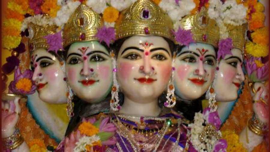 Gayatri-Mantra-Goddess-Gayatri