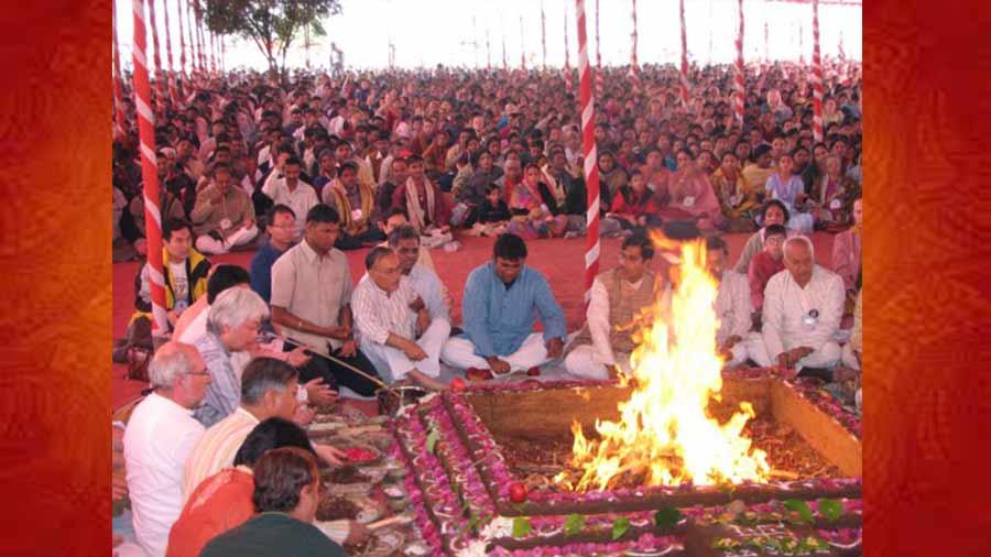 Bhakti-Yoga-Hawan